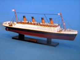 Titanic ship model 20