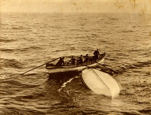 A photo of Titanic survivors paddling to shore