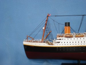 Titanic Model Ship 32-1