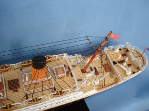 Titanic Model Ship 32-8