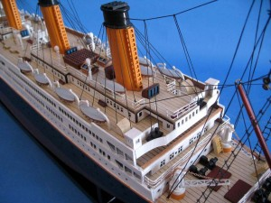 Titanic Model Shp 40-19