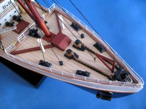 Titanic Model Shp 40-21
