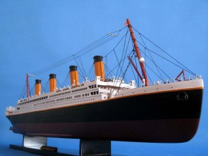Titanic Model Shp 40-22