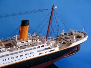 Titanic Model Shp 40-14