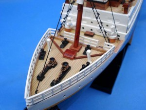 Titanic Model Ship 20-23