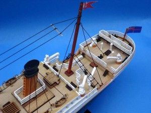 Titanic Model Ship 20-15