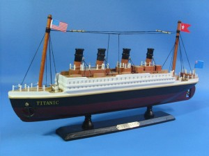 Titanic Ship Model 14-b