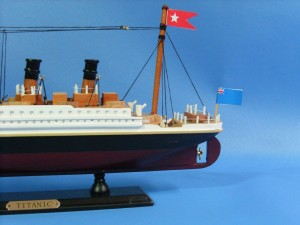 Titanic Ship Model 14-e