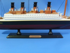 Titanic Ship Model 14-f