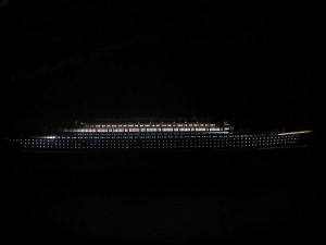 Titanic Model Ship Lights 40-1