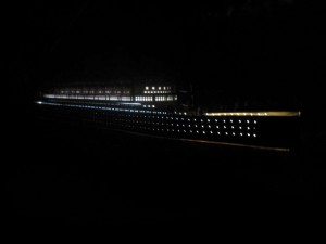 Titanic Model Ship Lights 40-2