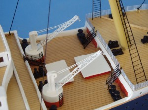 Titanic Model Ship Lights 40-9
