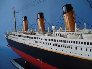 Titanic Model Ship Limited Edition 40-2
