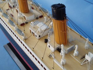 Titanic Model Ship Limited Edition 40-9