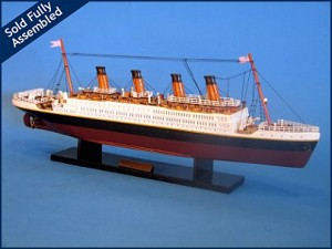Titanic Model Ship 20