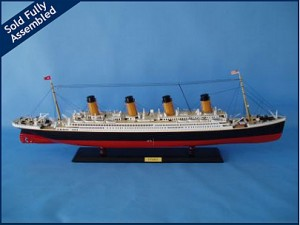 Titanic Model Ship Limited Edition 40