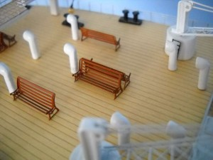 rms-titanic-model-ship-replica-lights-50-16