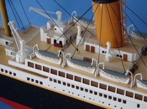 "Remote Control Titanic 40"" Limited Edition Model Ship 7"