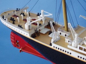 "Remote Control Titanic 40"" Limited Edition Model Ship 8"