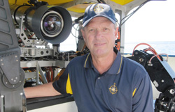 robert ballard discovered the titanic
