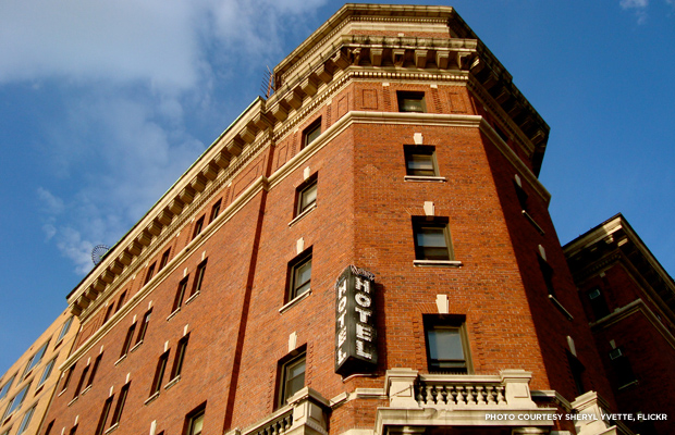 The Jane Street Hotel In New York City Haunted By Titanic Survivors And Victims