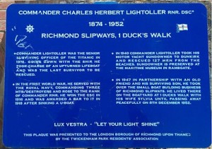 Titanic-survivor-stories-Lightoller-plaque
