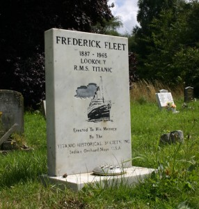 titanic-survivor- stories-frederick-fleet-grave