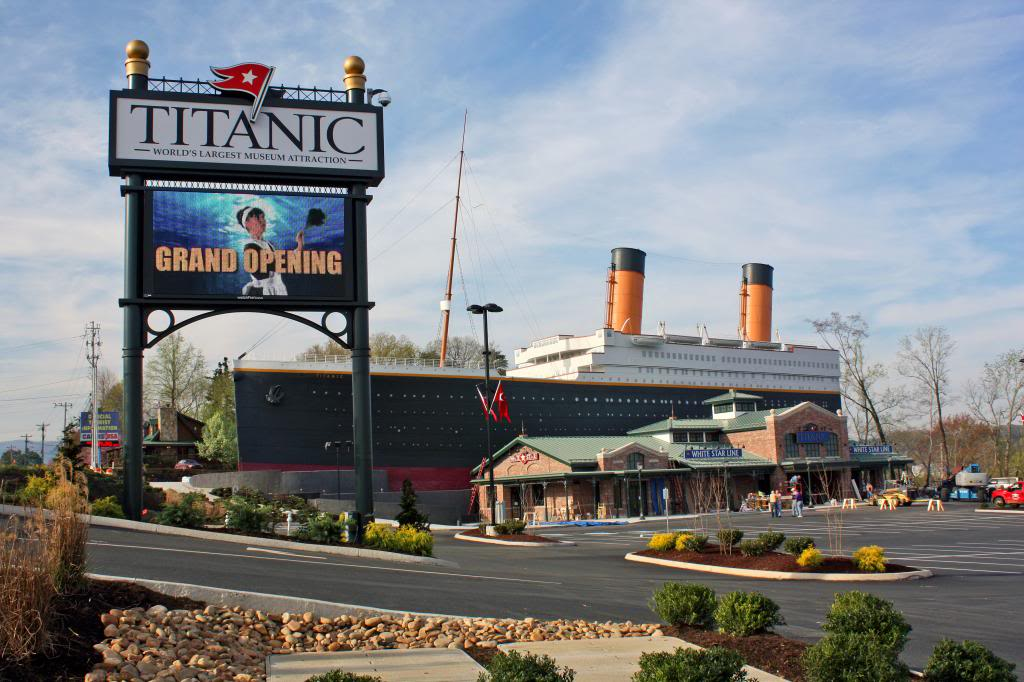 Titanic Pigeon Forge Museum Honors Titanic Musicians with